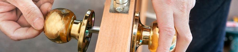 installing door locks in Melbourne
